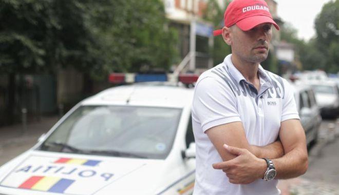 Foto: Şoferul cu numere anti-PSD şi-a recuperat permisul