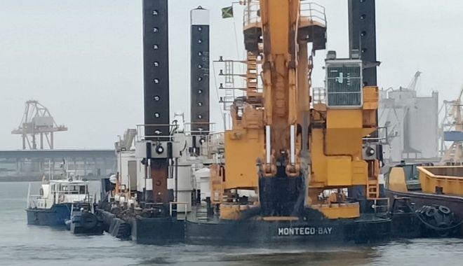 Foto: A început dragajul de investiție în portul Constanța