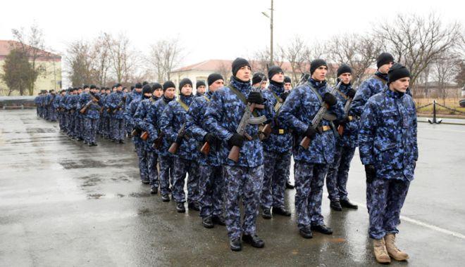 Foto: Întăriri pentru Armata Română. A început instrucţia viitorilor marinari militari