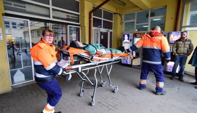 Foto: Supraaglomerare la Urgenţă şi secţia de Pediatrie a Spitalului Judeţean