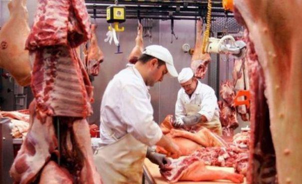 Foto: Ajutor financiar pentru depozitarea privată a cărnii de porc