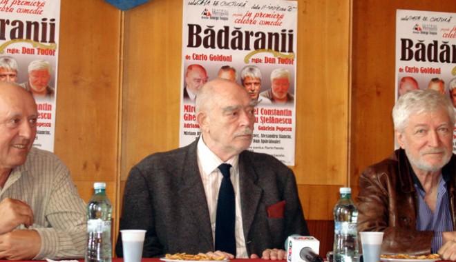 """Foto: """"Bădăranii"""" urcă pe scena Casei de Cultură Constanța"""