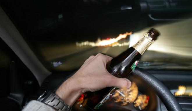 Șoferii ar putea rămâne pietoni pe viață dacă sunt prinși băuți la volan - alcoolvolan1-1471273820.jpg