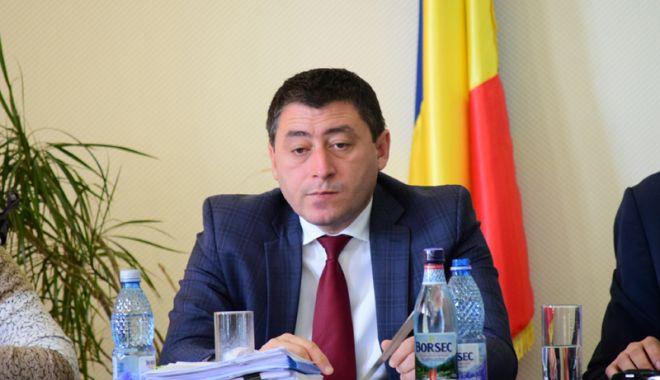 Foto: ALDE Constanța inițiază referendum  pentru demiterea primarului de la Mereni