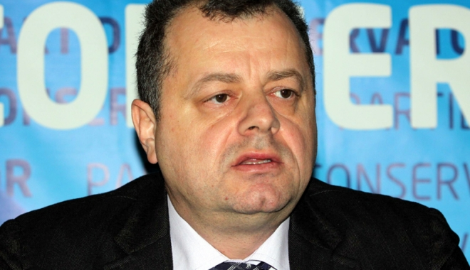 Foto: Deputatul Mircea Banias: