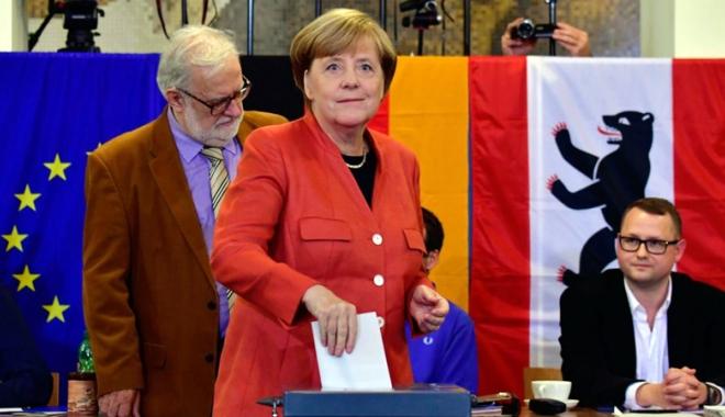 Foto: Alegeri în Germania. Victoria Angelei Merkel, umbrită de succesul naţionaliştilor