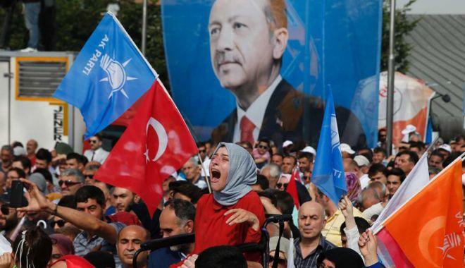 Foto: Alegerile din Turcia au arătat că Erdogan poate fi învins