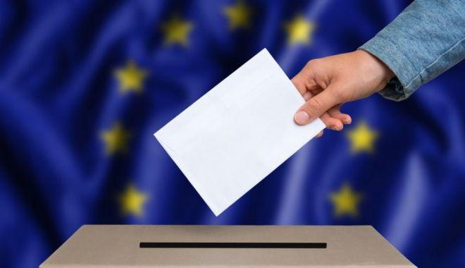 """Foto: AEP sesizează Parchetul General privind campania """"Mergi la vot, mergi în vacanţă"""""""