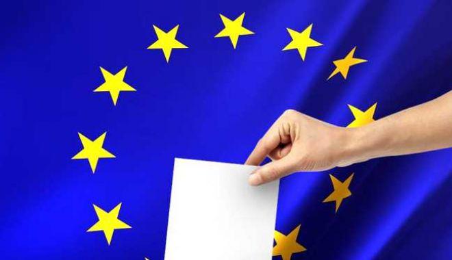 Foto: Alegeri pentru Parlamentul European. Socialiştii au câştigat în Olanda