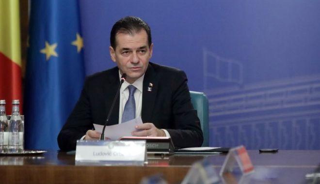 Foto: Alegerile parlamentare ar putea avea loc pe 6 decembrie