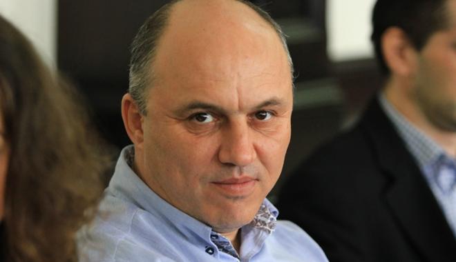 Foto: Primarul Mugurel Mitrana, reconfirmat ca lider al liberalilor din 23 August
