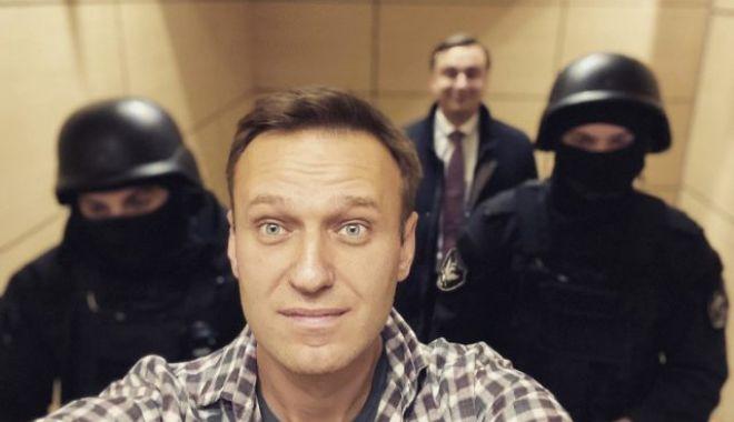 Starea de sănătate a lui Alexei Navalnîi se deteriorează în închisoare - alekseinavalnii1640x400-1616612293.jpg