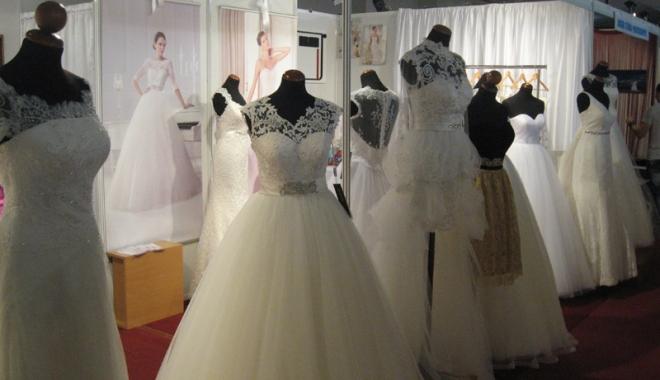 Foto: Alelei, miri şi mirese! Se deschide Târgul pentru nunţi!
