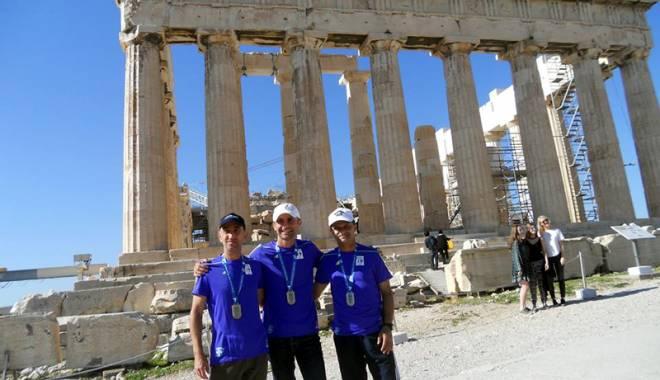 Foto: Maratonul de la Atena. Alergătorii de la Sana Sport, pe urmele soldaţilor greci