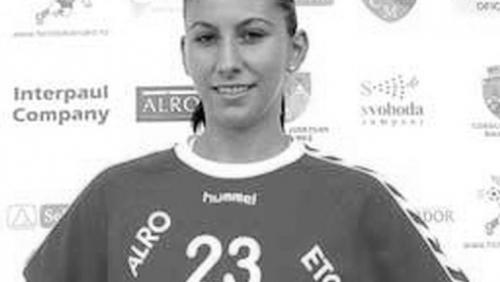 Foto: DOLIU în handbalul românesc. O jucătoare de la Oltchim A MURIT la numai 32 DE ANI