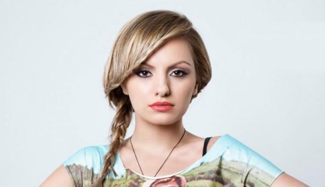 Alexandra Stan, din nou în necaz - alexandrastan31371850996-1390406587.jpg