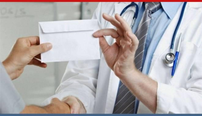 Foto: Alianţa Medicilor salută eforturile DNA de extirpare a marii corupţii din sănătate