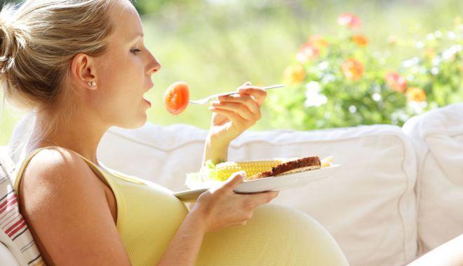 Foto: Ce alimentaţie trebuie adoptată de viitoarea mămică în timpul sarcinii