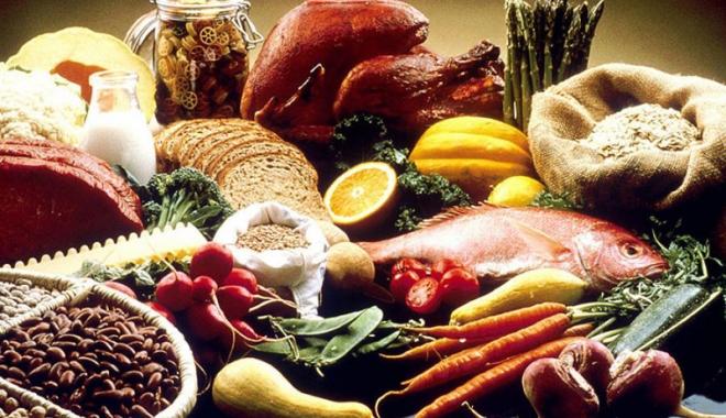 Foto: Alimentele reprezintă aproape 35% din cheltuielile românilor
