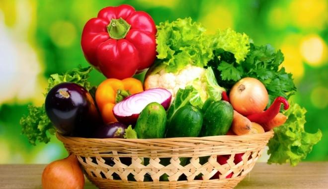Foto: Ce fructe şi legume sunt indicate când temperaturile sunt caniculare