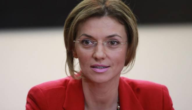"""Foto: """"Guvernul  se luptă să controleze TVR"""""""