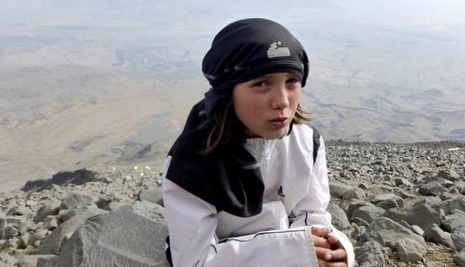 Foto: Alpinism: Dor Geta Popescu are doar 11 ani şi a escaladat Muntele Sabalan