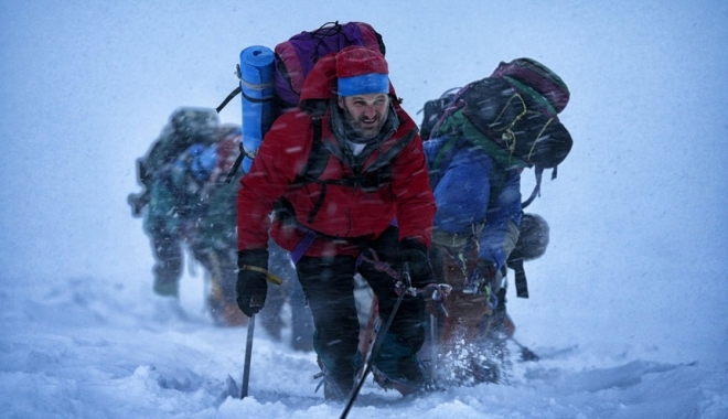 Foto: TRAGEDIE PE MUNTE! O avalanşă a provocat moartea a 12 alpiniști. Cinci sunt daţi dispăruți