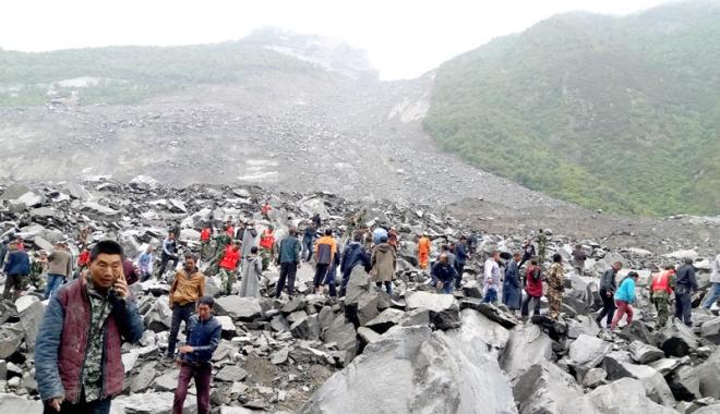 Foto: Cel puţin  93 de persoane dispărute  după alunecările de teren din China