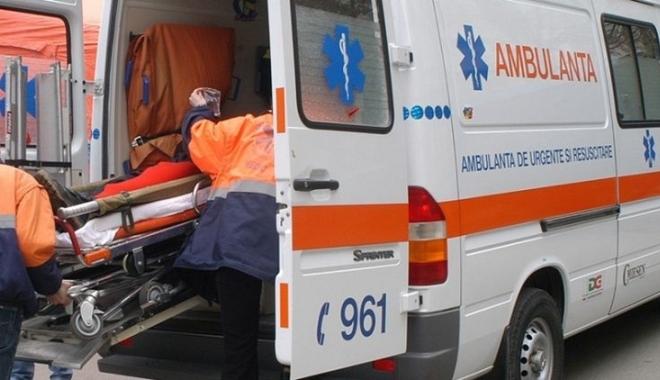 Foto: Grav accident rutier. O tânără de 22 de ani a murit. Patru răniţi