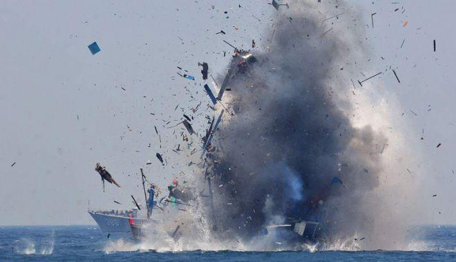 Foto: 120 de ambarcaţiuni străine, scufundate pentru combaterea pescuitului ilegal
