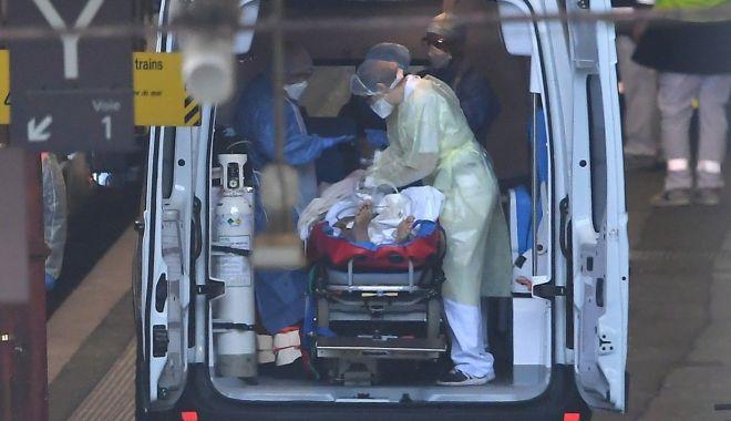 Foto: Record sumbru în SUA. Au fost raportate peste 60.000 de cazuri de COVID în doar 24 de ore