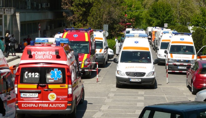 Foto: Sosesc peste 200 de ambulanţe noi
