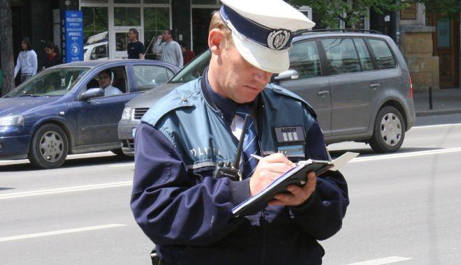 Foto: Tulburi liniştea publică? Poliţiştii din Constanţa sunt cu ochii pe cei care se fac vinovaţi