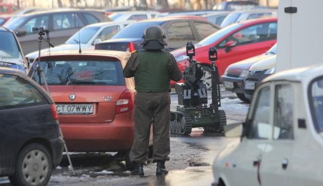 Foto: UPDATE / AMENINŢARE CU BOMBĂ ÎN CENTRUL CONSTANŢEI. INTERVIN PIROTEHNIŞTII!