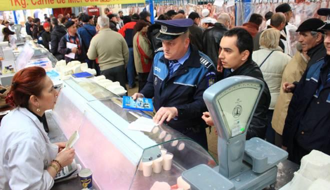 Foto: Amenzi usturătoare pentru pieţarii  din Constanţa