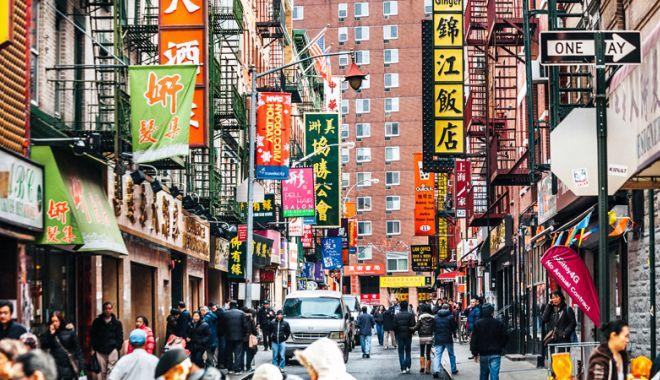 Foto: Americanii pregătesc noi taxe vamale pentru produsele din China