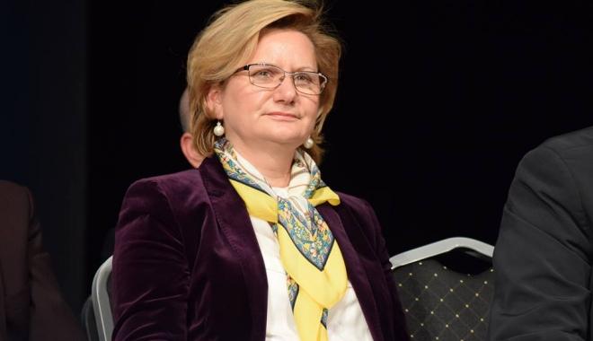 Foto: Liberala Ana Marcu: Rupeţi, pe 11 decembrie, cercul vicios al sărăciei marca PSD