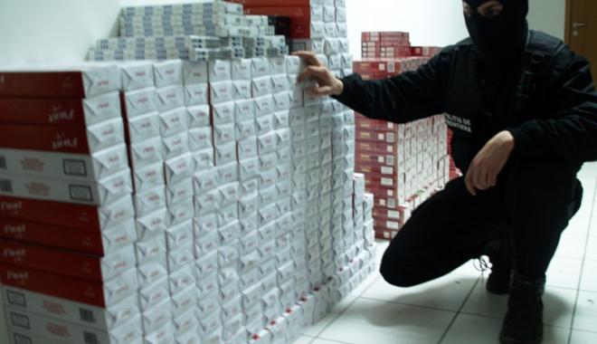Foto: ANAF se pune cu bâta pe contrabanda cu ţigări