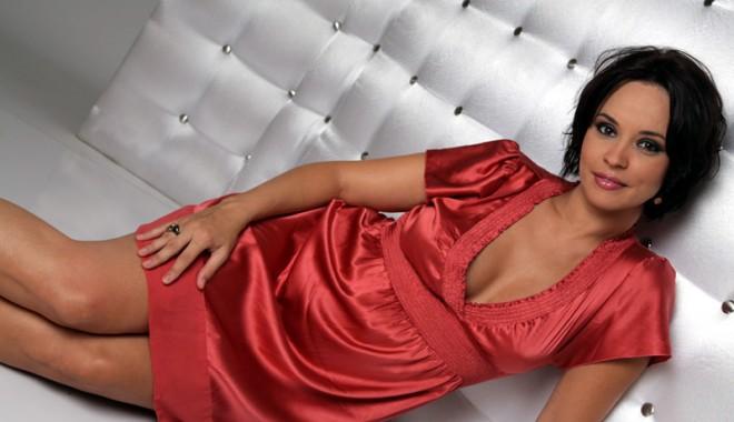 Andreea Marin Nude Erotics Pics 74