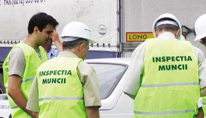 Foto: Angajatori, amendați de ITM