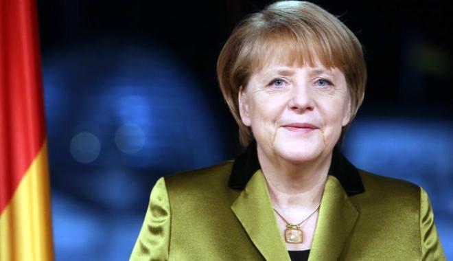 Foto: Angela Merkel doreşte reluarea negocierilor pentru parteneriatul transatlantic
