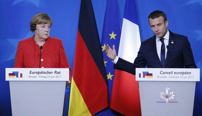 Foto: Angela Merkel nu este de acord cu viziunea radicală a lui Macron despre NATO