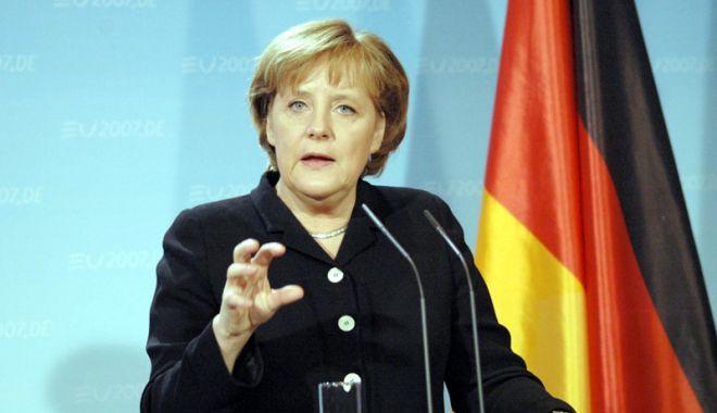Foto: Germania: Angela Merkel promite să ducă până la final mandatul de cancelar