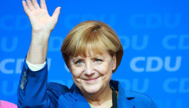 Foto: Retragere istorică! Merkel renunţă la şefia partidului său