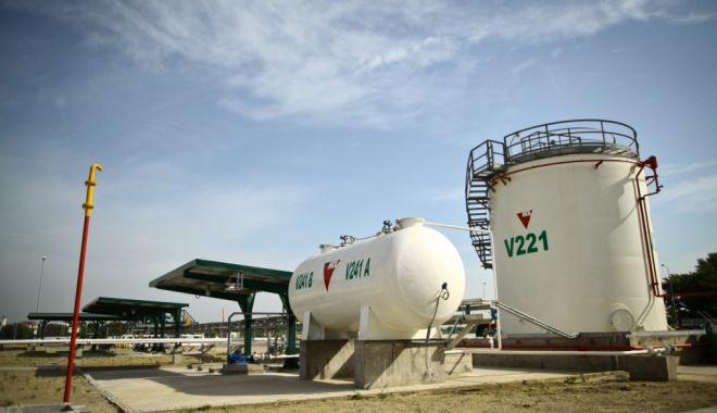 Foto: Angrosiștii de carburanți nu vor mai fi obligați să dețină spații de depozitare