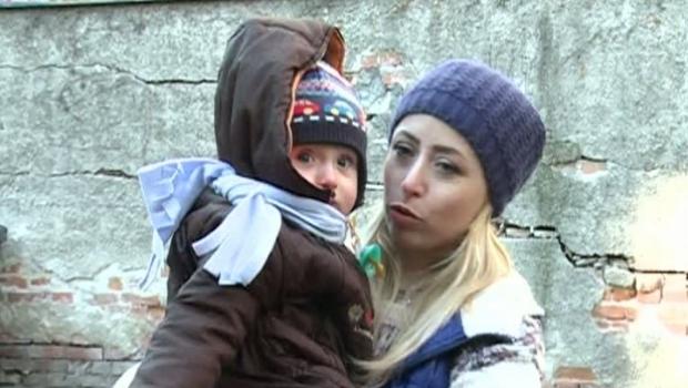 """Foto: Actriţa Ani Creţu trăieşte o dramă după ce ŞI-A IMUNIZAT COPILUL: """"Totul a scăpat de sub control după vaccin"""""""