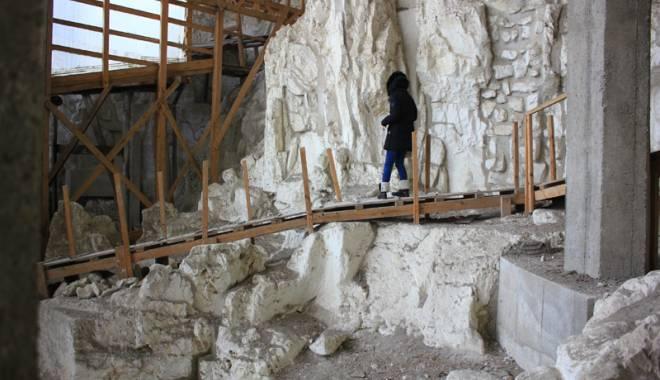 O veste excelentă! Cum şi când vizităm bisericuţele de cretă de la Basarabi - ansamblulrupestrubasarabi39-1443540865.jpg