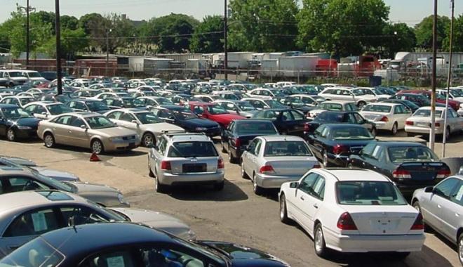 Foto: Antifrauda loveşte în mafia vânzărilor intracomunitare de maşini second-hand