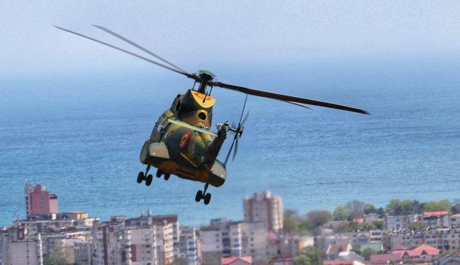 Elicopterele militare au survolat litoralul, în primul exercițiu dedicat forțelor pentru operațiuni speciale - antrenamentekogalniceanu2-1620840616.jpg