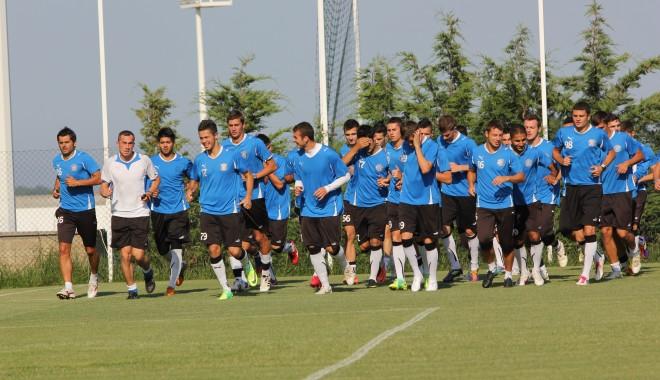 Foto: Fotbal / FC Viitorul se reunește, mâine, la Complexul Sportiv al Academiei Hagi